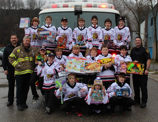 2012_Peewee_Minor_Attack_-_Toy_Drive.jpg